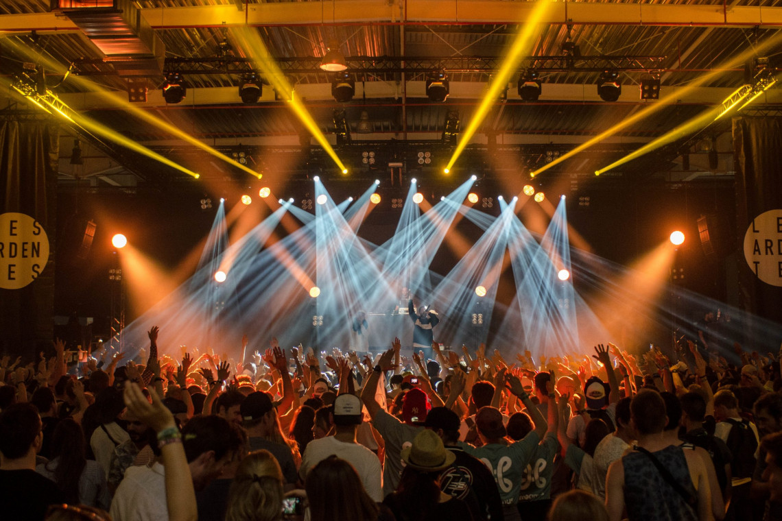 group-of-people-inside-disco-house-167491